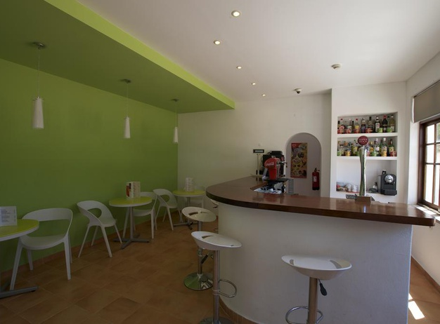 Bar Tourist Apartments Mirachoro I en Albufeira