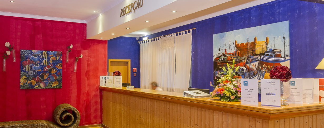 Reception Hotel Mirachoro Praia en Algarve