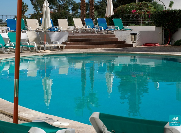 POOL Tourist Apartments Mirachoro I en Albufeira
